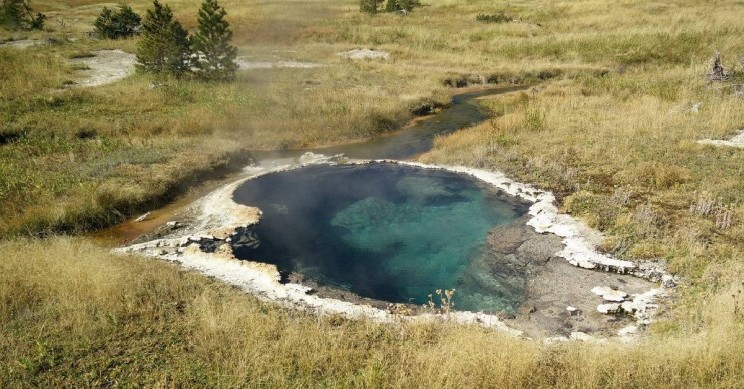 Yellowstone_Hot_Basin